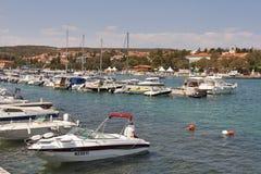 Krk Jachthafen Stockbild