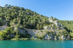 Krka flod och klippor Fotografering för Bildbyråer