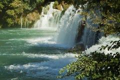 Krkawatervallen, het Nationale park van Kroatië Krka Stock Afbeeldingen