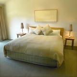 królewski rozmiar łóżka Obrazy Royalty Free