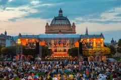 Kroatië, Zagreb, 21 Juni, Openbaar open-deuroverleg voor Kunstpaviljoen in de hoofdstad van Zagreb van Kroatië royalty-vrije stock afbeeldingen