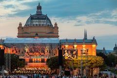 Kroatië, Zagreb, 21 Juni, Openbaar open-deuroverleg voor Kunstpaviljoen in de hoofdstad van Zagreb van Kroatië stock fotografie