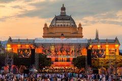 Kroatië, Zagreb, 21 Juni, Openbaar open-deuroverleg voor Kunstpaviljoen in de hoofdstad van Zagreb van Kroatië stock foto's