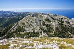 Kroatien Dalmatia, Biokovo berghav panorama- landskap Arkivbild