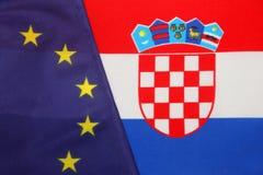 Kroatisch & de EU-wapenschild stock afbeelding