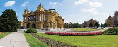Kroatisch Nationaal Theater in Zagreb stock afbeelding