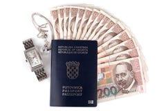 Kroatisch paspoort met kostbaarheden Royalty-vrije Stock Foto