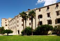 Kroatische Fassade. Sibenik Lizenzfreie Stockfotografie