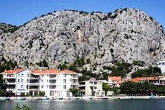 Kroatische Stadt Omis Lizenzfreies Stockfoto