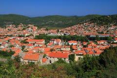 Kroatisk by av den Korcula ön royaltyfria bilder