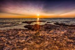 kroatisk solnedgång Arkivbilder