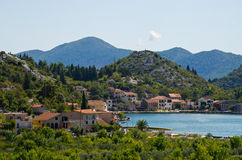 Kroatisk stad i den Neretva dalen Royaltyfria Foton