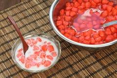 Krob de Tim de baquet, rubis rouge, dessert thaïlandais Images stock