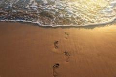 Kroki na plaży Obrazy Royalty Free