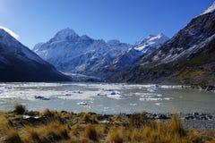 Kroki władyka pierścionki: Góra Kucbarski Nowa Zelandia Zdjęcia Royalty Free