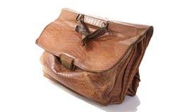 krokodil isolerad gammal portfölj för läder royaltyfria bilder