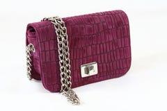 Krokodilhautkupplungs-Tageshandtasche der Frauen lila Lizenzfreies Stockfoto