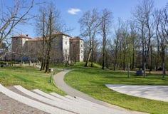 Kromberk slott från parkera Royaltyfria Bilder