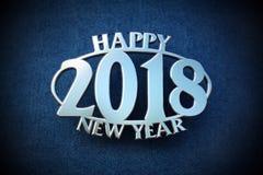 Kromemblem 2018 för lyckligt nytt år på jeans Royaltyfria Foton