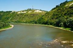 Kromming van rivierbed van de rivier stock afbeelding