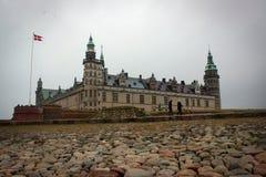 Kronborg slottsikt i Helsingor, Danmark royaltyfri fotografi