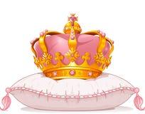 Krone auf dem Kissen Stockfotos