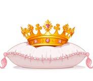 Krone auf dem Kissen Lizenzfreies Stockfoto