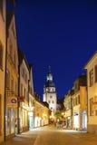 Kronenstrasse con la torre del comune in Ettlingen Fotografia Stock