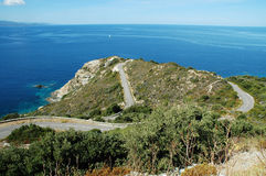 Kronkelige weg in het eiland van Corsica Royalty-vrije Stock Fotografie