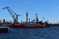Kronstadt的灯塔浮动历史 库存照片