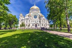 Kronstadt, Ρωσία - τον Ιούνιο του 2016 Ο ναυτικός καθεδρικός ναός Άγιου Βασίλη σε Kronstadt στοκ φωτογραφίες