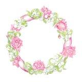 Kroon met kruiden, rozen en wilde die bloemen op wit worden geïsoleerd Rond kader voor uw ontwerp, groetkaarten, huwelijksaankond Stock Afbeelding