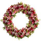 Kroon van rozen, tulpen en alstroemeria op witte achtergrond royalty-vrije stock foto's