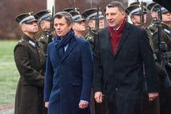 Kroonprins van Denemarken Frederik en Raimonds Vejonis, President van Letland stock afbeeldingen