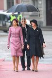 Kroonprinses Mary Elizabeth van Denemarken en Presidentsvrouw van Letland, Iveta Vejone stock afbeelding