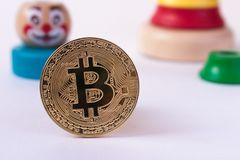 Kropla w bitcoin tempie Crypto waluta żadny ciężar w b Obraz Royalty Free