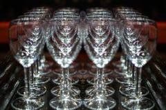 Kropla woda na szkle mrozu szkło Szampańscy szkła na tacy obrazy royalty free