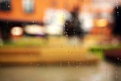 Krople deszcz Na Szklanym tle zdjęcie royalty free