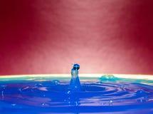 Krople woda tworzą cudownych momenty obraz royalty free