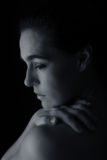 Kroppscape av den konstnärliga omvandlingen för kvinnahals- och handsinnesrörelse royaltyfria foton