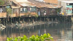 Krottenwijk op de rivier saigon vietnam Stock Afbeeldingen