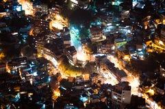Krottenwijk Rocinha in Rio de Janeiro bij Nacht stock foto's