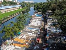 Krottenwijkgebied in Chennai, India stock afbeelding