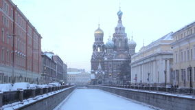 Krovi de Na de stations thermales d'église St Petersburg Russie clips vidéos