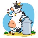 Krowa z mleko puszką Fotografia Royalty Free