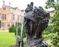 krowy flowerpot śmieszna ogrodowa statua zdjęcia royalty free