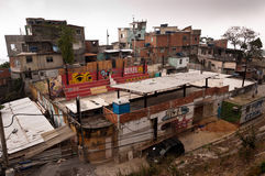 Kruche mieszkaniowe budowy favela Vidigal w Rio De Janeiro zdjęcie royalty free
