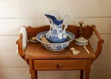 Krug und Vase Stockfoto