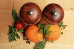 Kruiden en sinaasappelen Stock Fotografie