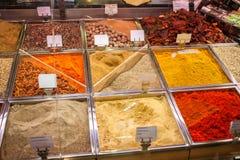 Kruiden en theeën op de markt van Spanje royalty-vrije stock afbeeldingen